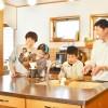 家族みんなが集まれるオシャレなキッチンのある家