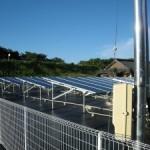 野立て太陽光パネルを設置しました。