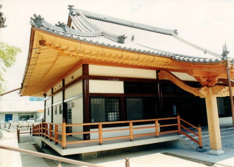 龍徳寺(本堂)